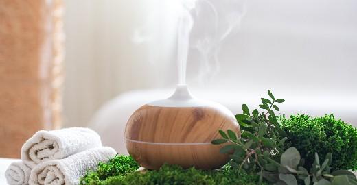 AROMATERAPIA - Esenciálne oleje a silice